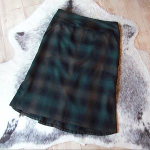 Banana Republic Plaid Fishtail Skirt Size 8